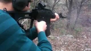 Beckett Shooting the Full Auto FN FNC