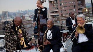 Джаз на крыше: мировые хиты в джазовой обработке