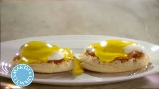 Quick Tip: Hollandaise Sauce Fix ⎢Martha Stewart's Cooking School