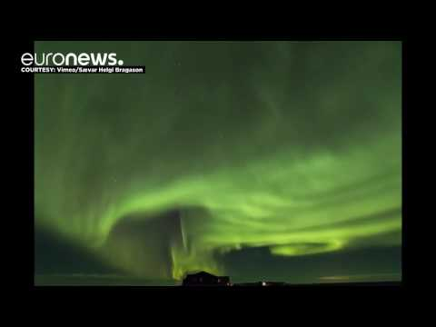 Timelapse shows dazzling Northern Lights display, Iceland