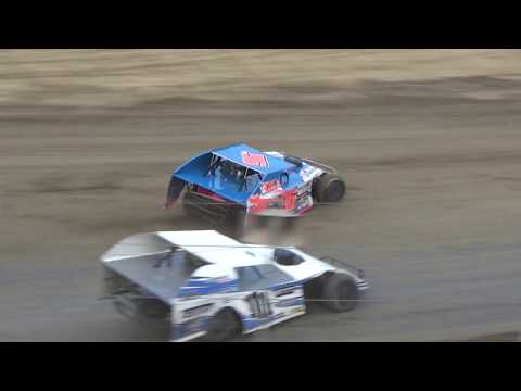 UMP Modifieds Heat Race #2 at I-96 Speedway on 07-12-2018