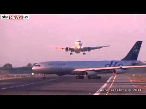 Two Planes Almost Collide at Barcelona Airport