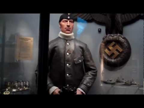 Imperial War Museum Military Uniform Exhibits
