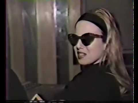 Traci Lords - Manic Street Preachers Interview (1991)
