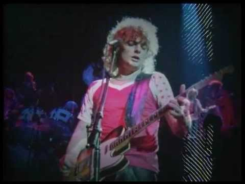 April Wine - I Like To Rock - (Live At Hammersmith Odeon, London, UK, 1981)