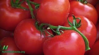 Přínosy lykopenu: Je lepší jíst syrová nebo tepelně upravená rajčata?