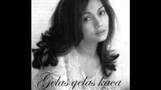 Download lagu Nia Daniati - Gelas Gelas Kaca Mp3