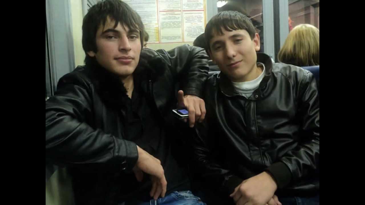 фото парней кавказцев.