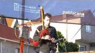 Asturian folk group Xuacu Amieva 1: Alborada asturiana & Fandango Puntiáu