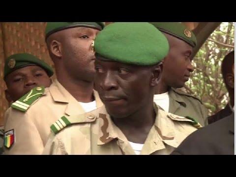 Mali : Amadou Sanogo affronte le début de son procès avec ''le moral''
