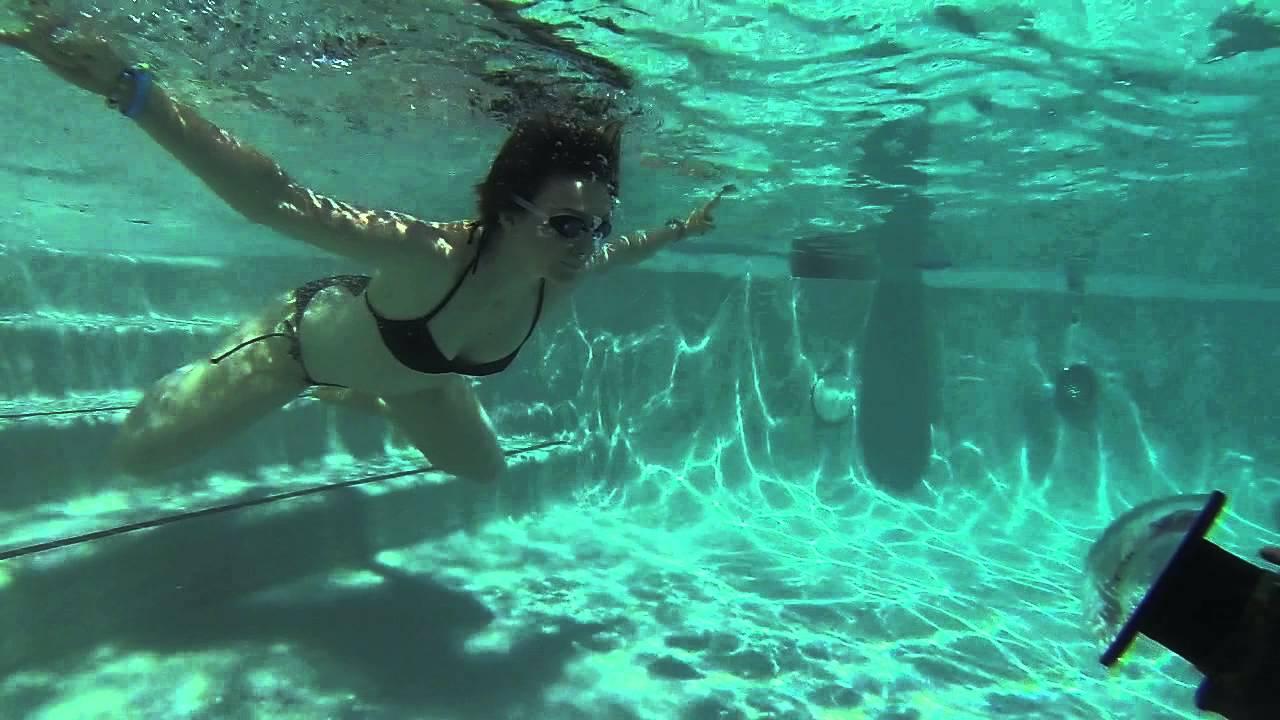 YxYY Underwater Photobooth
