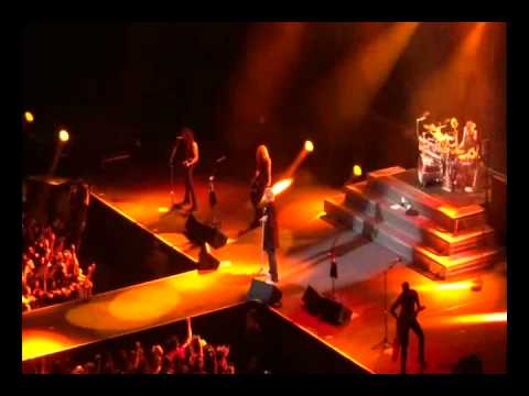 DEF LEPPARD LIVE AT ARENA MEXICO CITY SEPT 8 2012 FIRST PART OF CONCERT