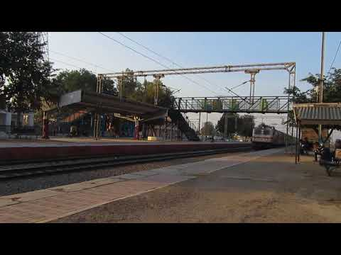 12270 Chennai Duronto express with HLHB Rake and RPM WAP7 hits 120