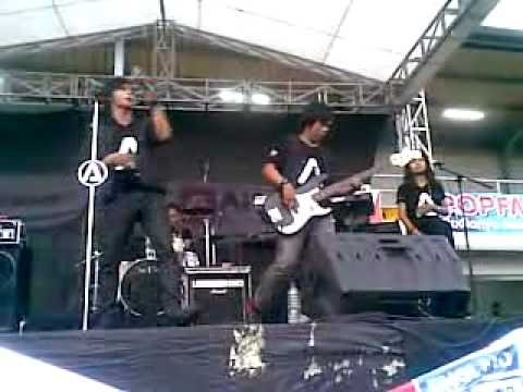Free download Mp3 Alinz Band - Sanggupkah (Live @Lapangan Merpati depok) - ZingLagu.Com