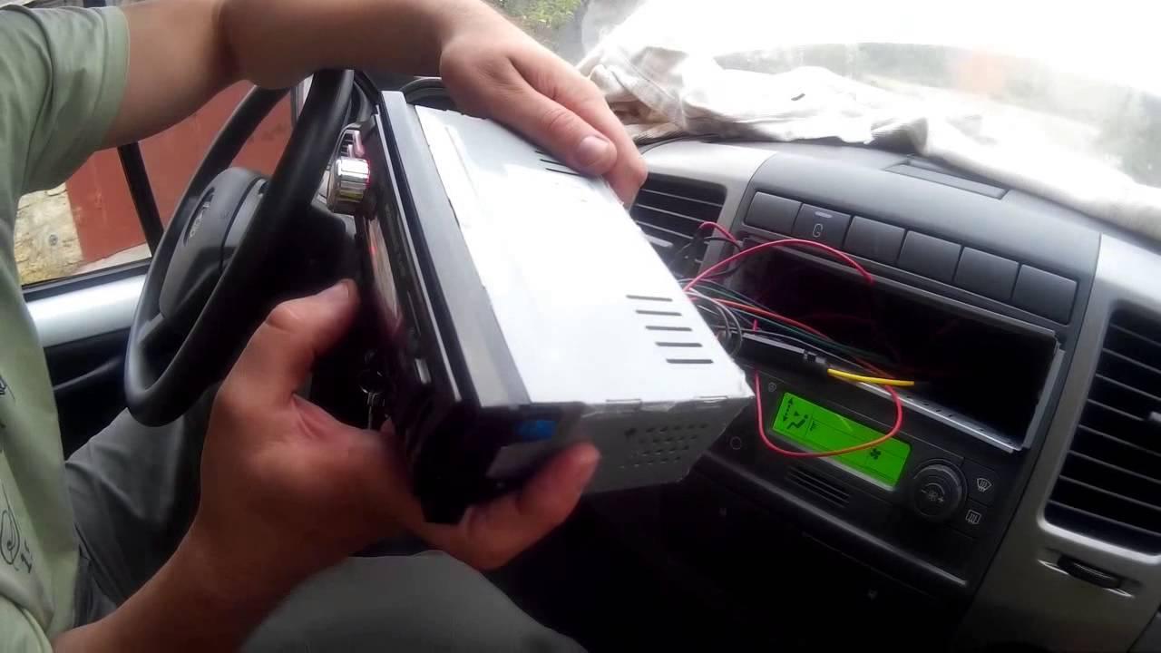 Видеообзор автомагнитолы Alpine iDA-X311RR - YouTube