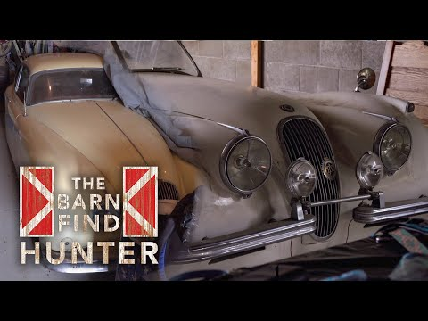 This Rural Neighborhood Is Home to Two Barn-Find Jaguars