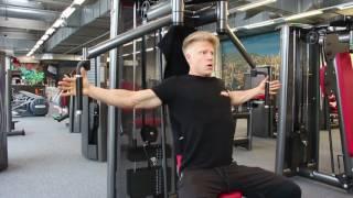 Butterflymaschine - Training der Brustmuskulatur