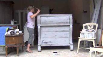 Blue Egg Brown Nest Annie Sloan Chalk Paint Tutorial 4 DARK WAX