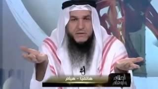 Repeat youtube video إتصال غريب من إمرأة حنونة يفقد شيخ كويتي صوابه مضحك ههههه