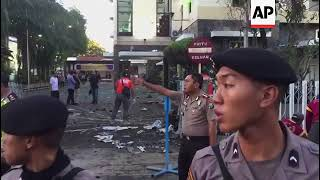 Indonesia - At least 8 killed, dozens wounded in Surabaya church attacks / Police raid house of fami