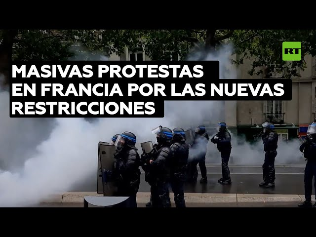 Cañones de agua, manifestantes sin mascarilla y choques con la Policía: Miles de personas protestan en varios países contra las medidas anticovid