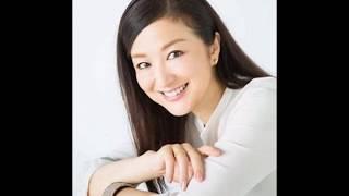 鈴木京香の写真集です。