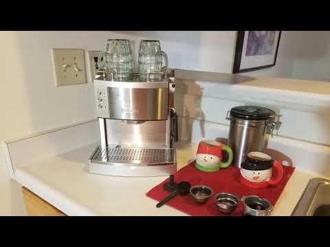 DeLonghi EC702 15-Bar-Pump Espresso Maker Review