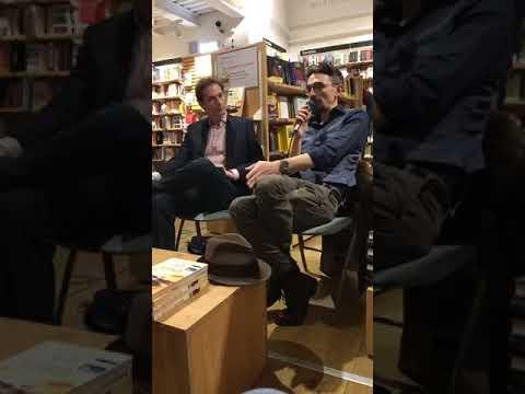 """Roberto Recchioni presenta """"La fine della ragione"""" a La Feltrinelli Firenze"""