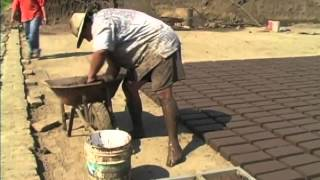Adobe brick maker