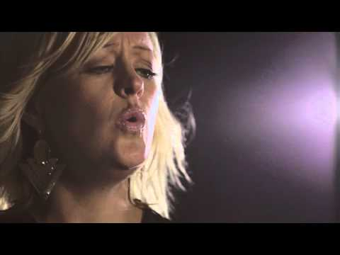 "Alice Russell - ""Heartbreaker"" Live In Session [Okayplayer Premiere]"