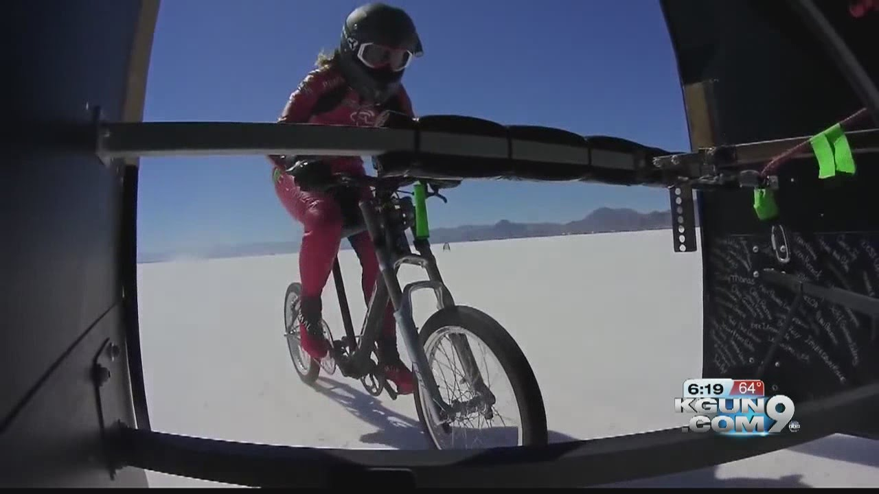 7f562b8ebd2 How Denise Mueller went 147 miles an hour on a bike - YouTube