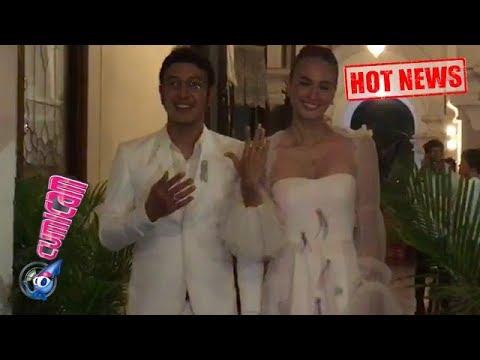 Hot News! Tunjukin Cicin Nikah, Begini Ekspresi Bahagia Nadine dan Dimas - Cumicam 16 Juli 2018