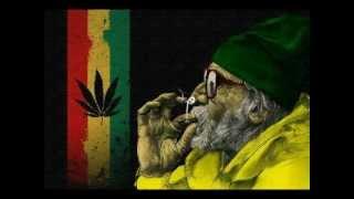 5Плюх Я не наркоман я люблю курить план