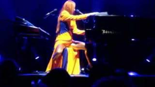 Tori Amos Indianapolis 8/7/09 - Welcome To England - AATS Tour