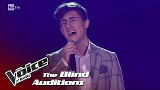 "Antonio Licari ""Vedrai vedrai"" - Blind Auditions #1 - The Voice of Italy 2018"