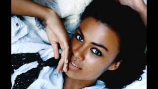 Amel Larrieux  -  No One Else (Why Did I Get Married Soundtrack)