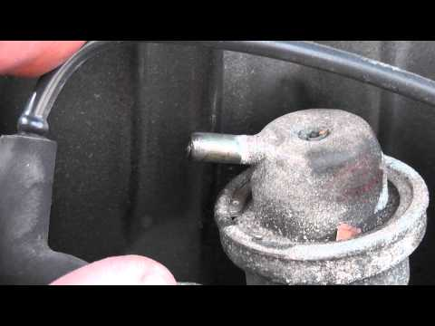 Testing for a leaking, ruptured, fuel pressure regulator diaphragm