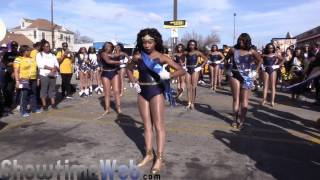 East St. John vs L.W Higgins High Marching Band - 2017 Mardi Gras Parade