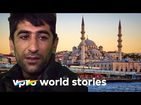 Istanbul, the city with millions of refugees - In Turkey