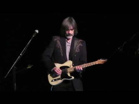 Larry Campbell plays his intro to