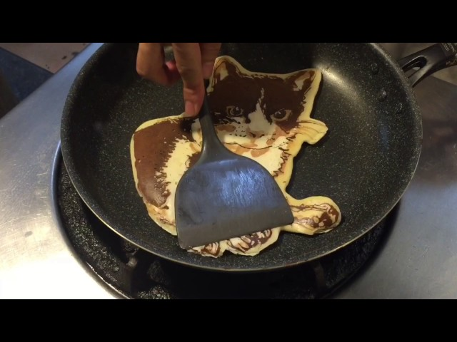 PANCAKE ART FOR WORLD CAT DAY