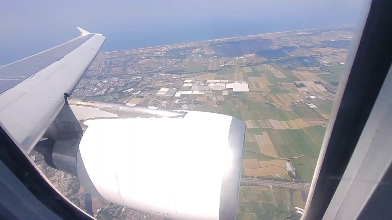 Flying The Air Transat Airbus A310 Toronto Amsterdam Youtube