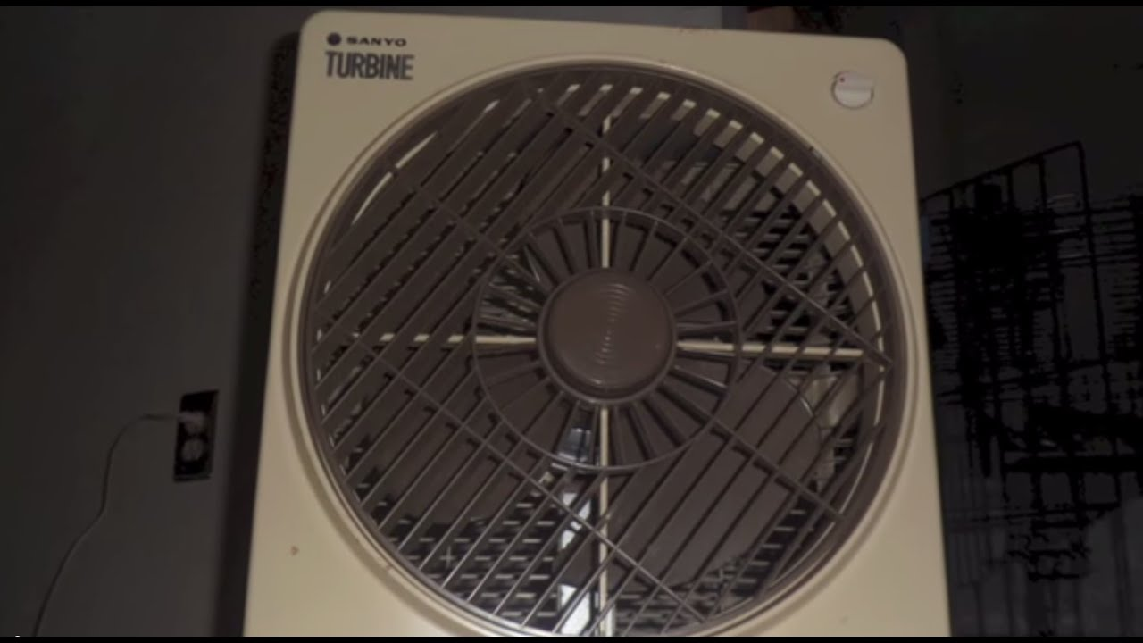 Sanyo Turbine Rotating Louver Fan Box Youtube