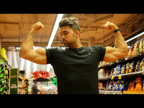 Best Bodybuilding Foods For EXTREME Muscle Gain   On A Budget   Shown In Grocery Store