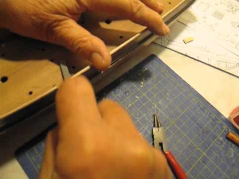 Video guida per costruire un modello di veliero montaggio for Costruire un temporizzatore 12v