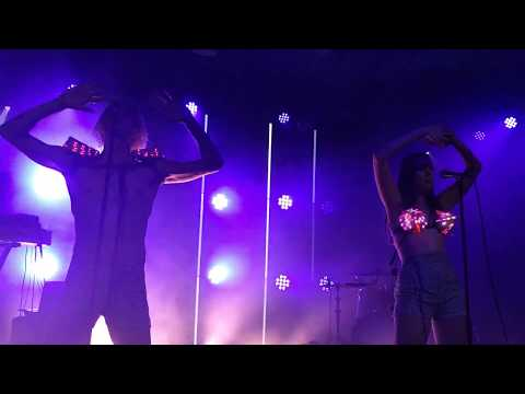 Try You Luck With Me - Confidence Man - Live At Scala, London