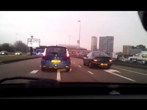Vreemd ongeval Burg. Stramanweg (Amsterdam) nabij ArenA (23-02-2012 18:00)
