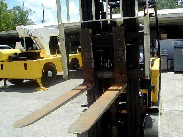 Industrial Surplus - Inspecting a Forklift for Purchase