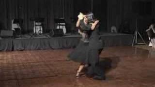 javier y geraldine bailan poema
