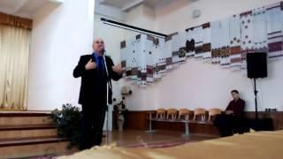 Вірші директора, кандидата пед.наук Р. І. Пахолка
